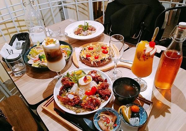 【食記】高雄鳳山|浪漫森林系純白鳥籠風餐廳-《BT蝴蝶餐廳》