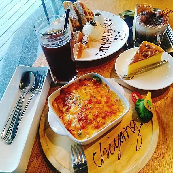 【食記】高雄鳳山|餐酒館與咖啡廳的特別結合-《季洋咖啡創意料理餐館》
